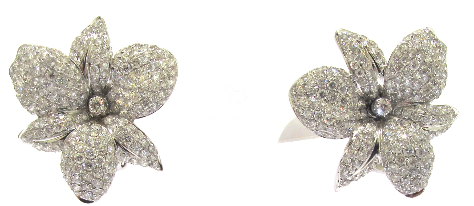White Gold And White Diamond Pave Flower Earrings